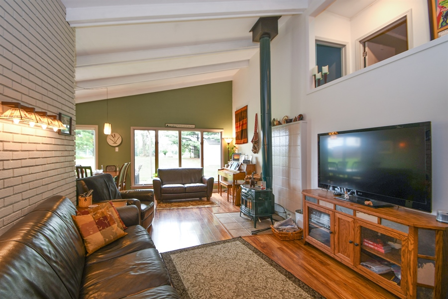 Real Estate Photography - 137 Westwood Drive, Park Forest, IL, 60466 - Living Room