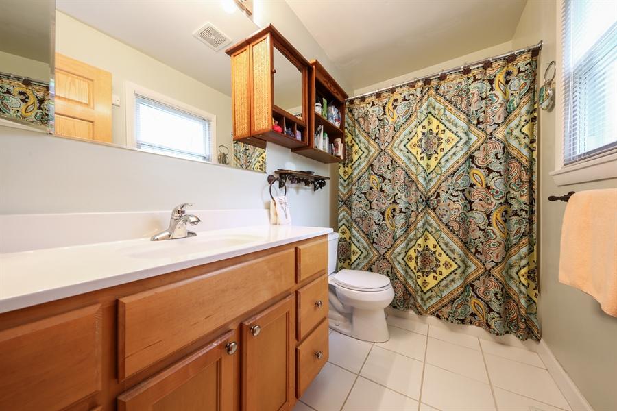 Real Estate Photography - 2310 Birchwood Parkway, Woodridge, IL, 60517 - Master Bathroom