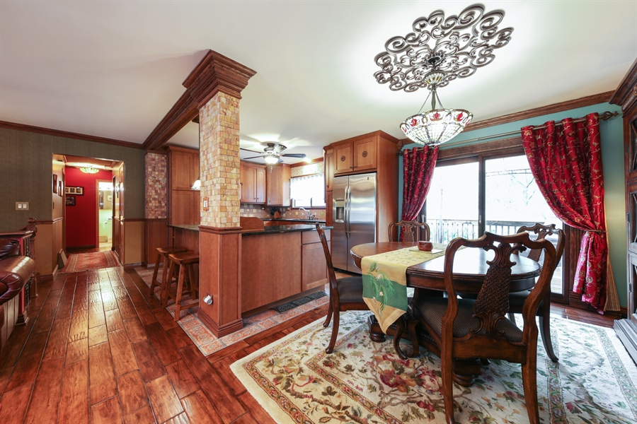 Real Estate Photography - 2310 Birchwood Parkway, Woodridge, IL, 60517 - Dining Room