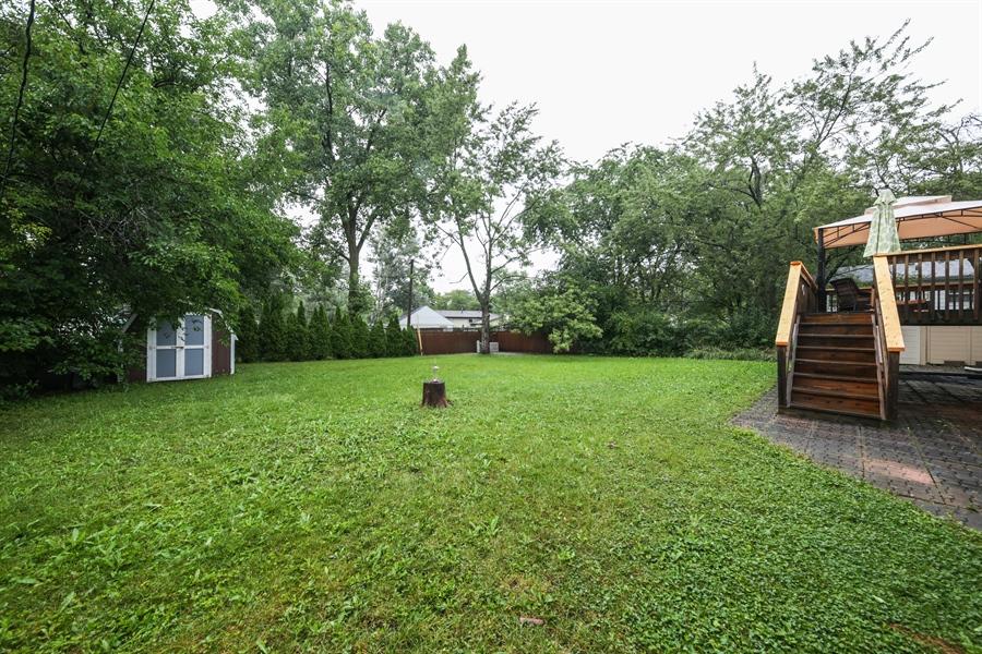 Real Estate Photography - 2310 Birchwood Parkway, Woodridge, IL, 60517 - Back Yard