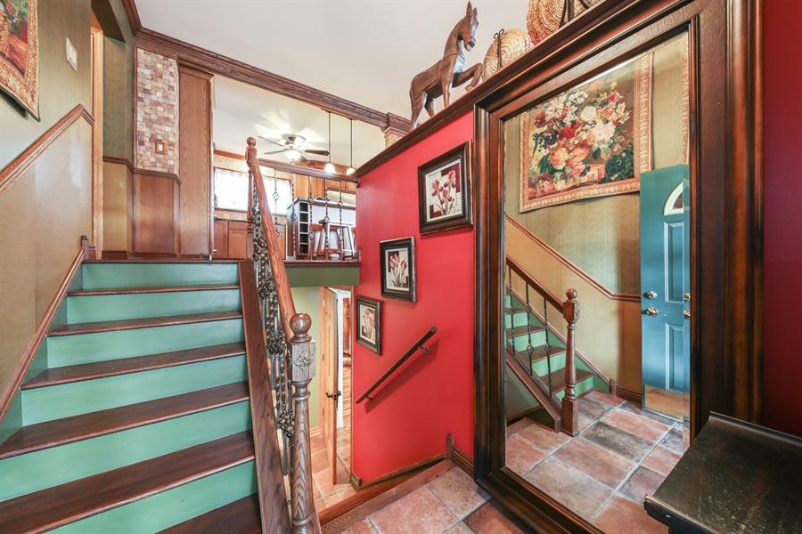 Real Estate Photography - 2310 Birchwood Parkway, Woodridge, IL, 60517 - Foyer