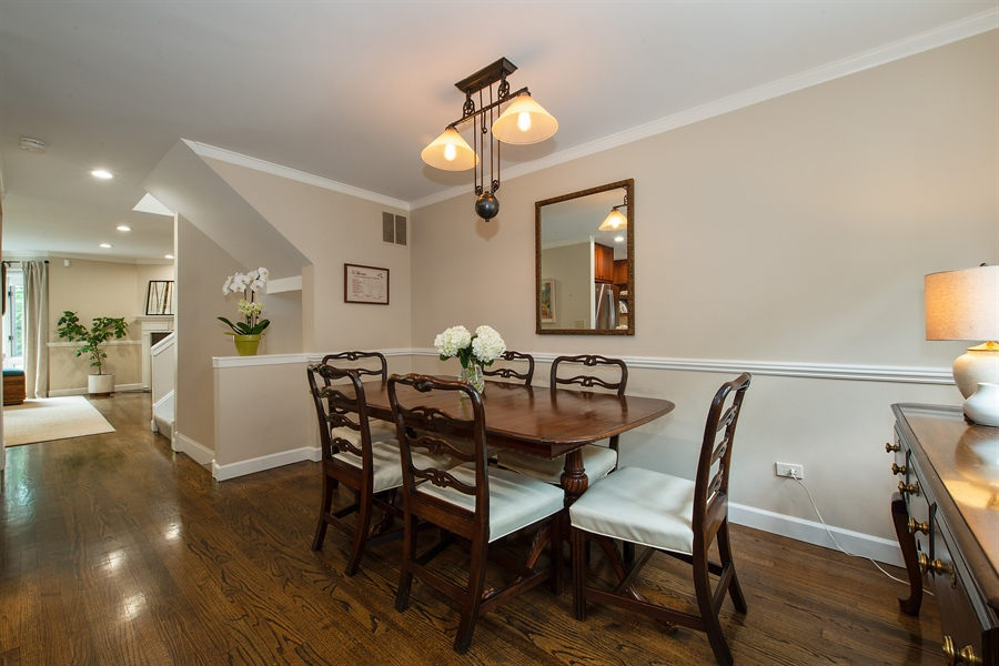 Real Estate Photography - 1853 N. HUDSON Avenue, Chicago, IL, 60614 - Dining Room