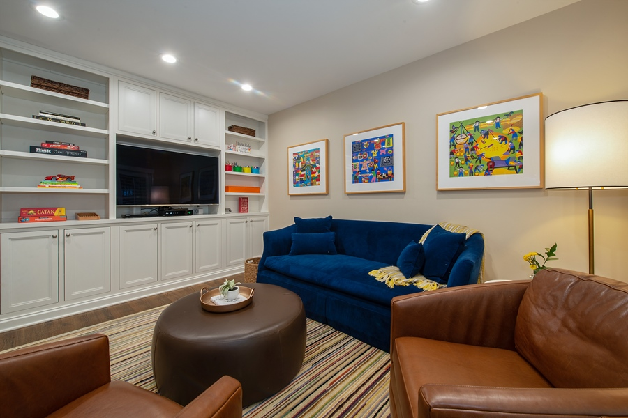 Real Estate Photography - 1853 N. HUDSON Avenue, Chicago, IL, 60614 - Family Room