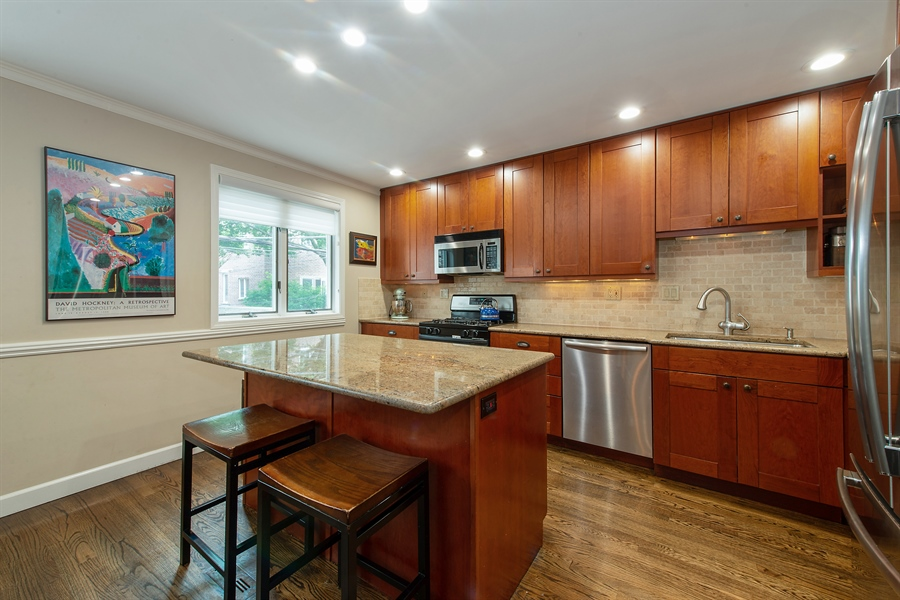 Real Estate Photography - 1853 N. HUDSON Avenue, Chicago, IL, 60614 - Kitchen