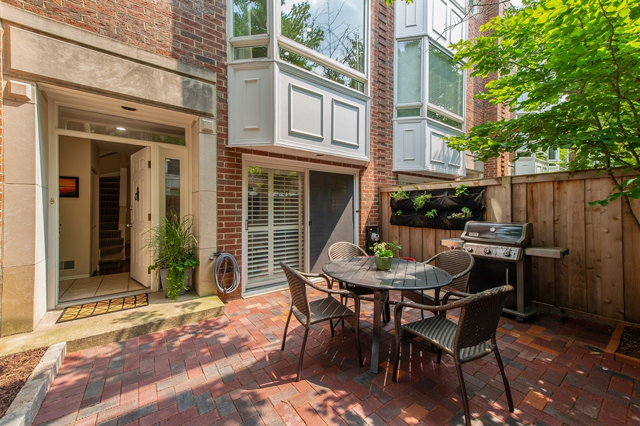 Real Estate Photography - 1853 N. HUDSON Avenue, Chicago, IL, 60614 - Patio