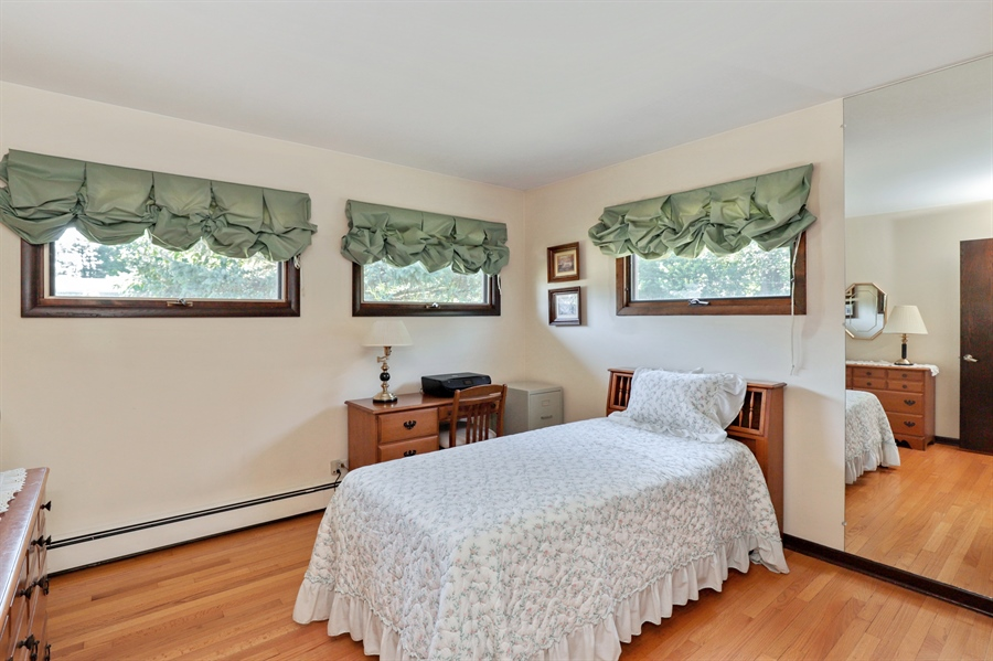 Real Estate Photography - 24450 CHEROKEE Trail, Grayslake, IL, 60030 - 3rd Bedroom