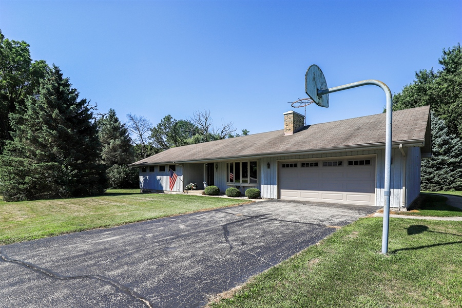 Real Estate Photography - 24450 CHEROKEE Trail, Grayslake, IL, 60030 - Front View