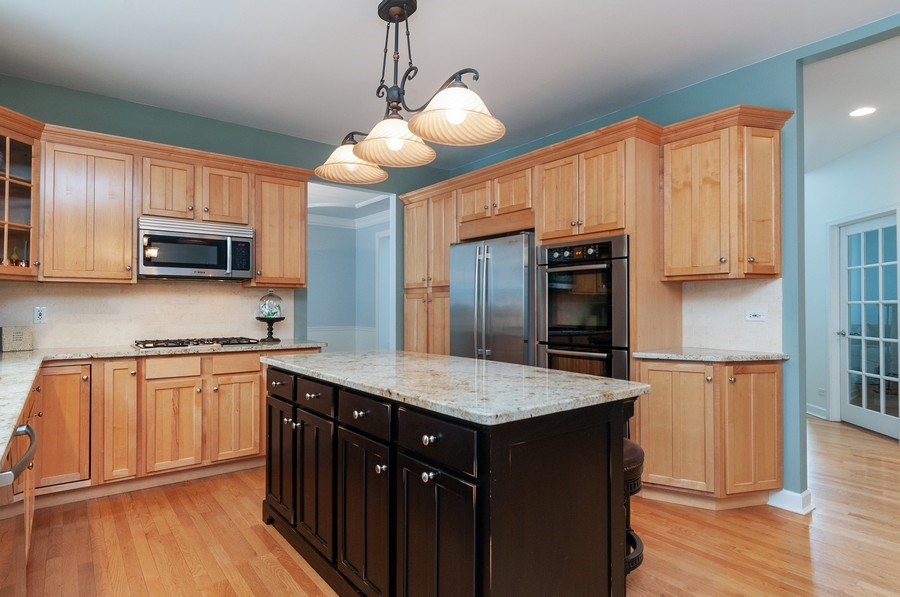 Real Estate Photography - 2215 Skylane Dr, Naperville, IL, 60564 - Kitchen