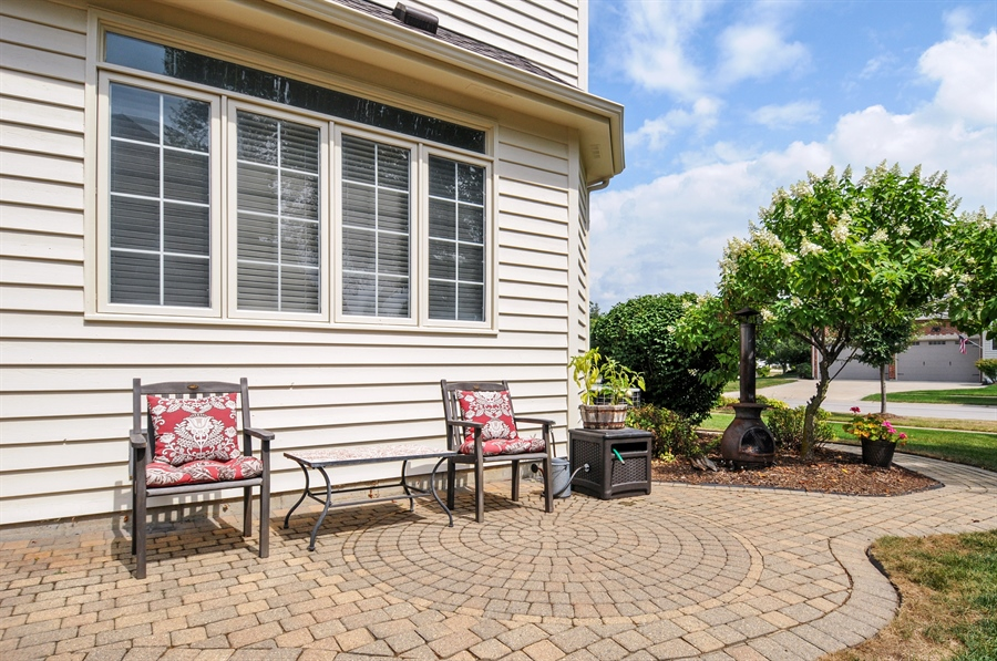 Real Estate Photography - 2215 Skylane Dr, Naperville, IL, 60564 - Patio