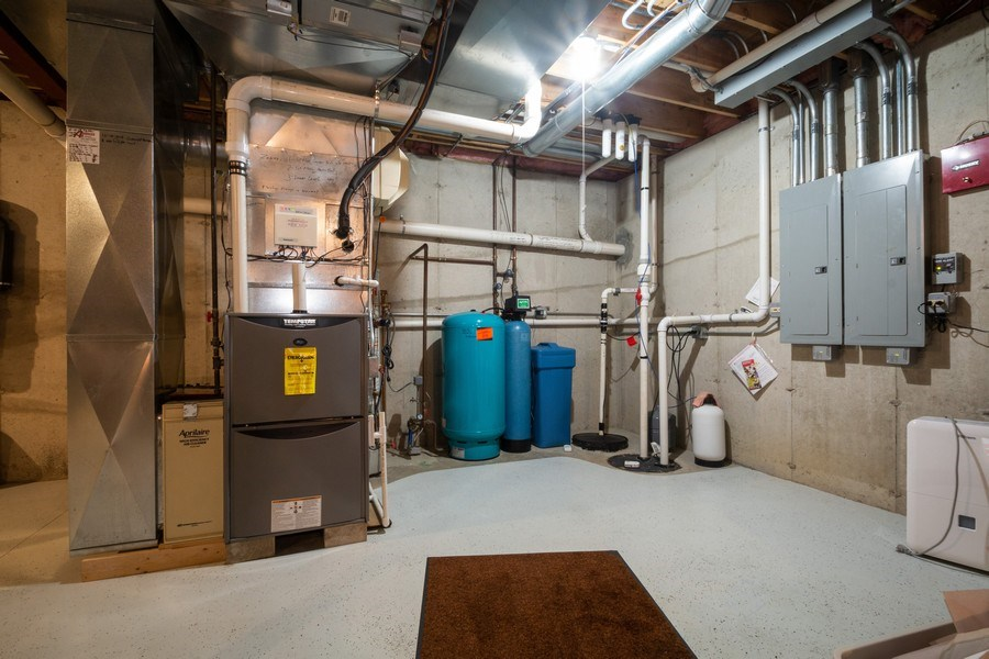 Real Estate Photography - 2410 Timberline Trail, Woodstock, IL, 60098 - Basement