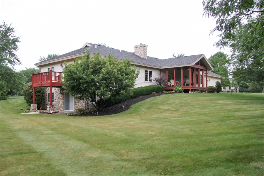 Real Estate Photography - 2410 Timberline Trail, Woodstock, IL, 60098 - Rear View