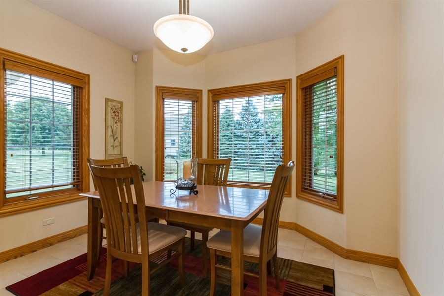 Real Estate Photography - 2410 Timberline Trail, Woodstock, IL, 60098 - Breakfast Nook