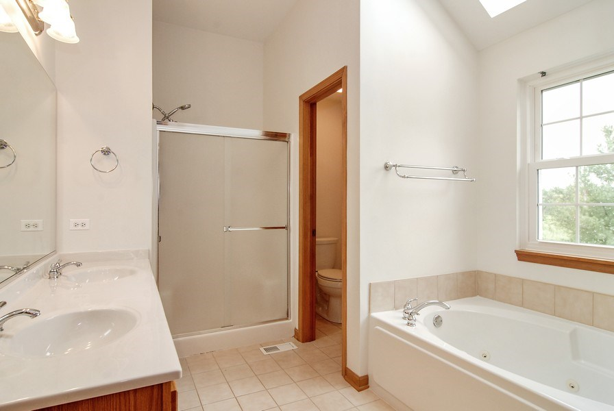 Real Estate Photography - 2534 Brookstone Court, Aurora, IL, 60502 - Master Bathroom