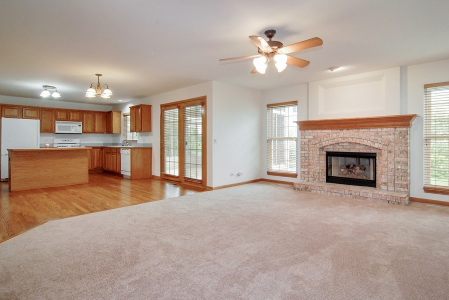 Real Estate Photography - 2534 Brookstone Court, Aurora, IL, 60502 - Family Room / Kitchen