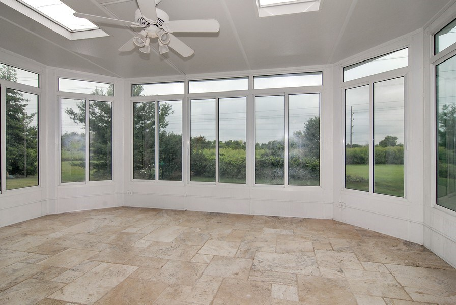 Real Estate Photography - 2534 Brookstone Court, Aurora, IL, 60502 - Sun Room