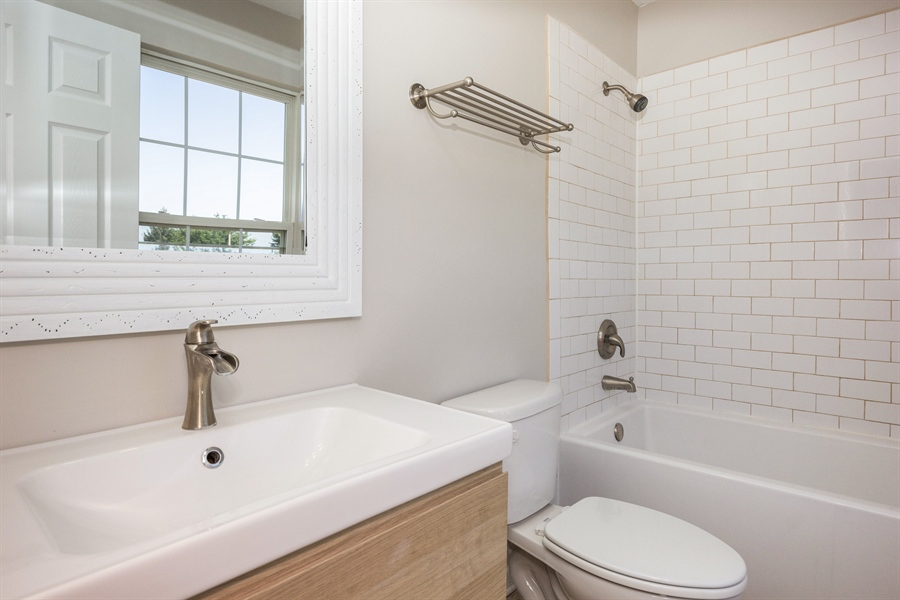 Real Estate Photography - 1806 Chapman Drive, Plainfield, IL, 60586 - Master Bathroom