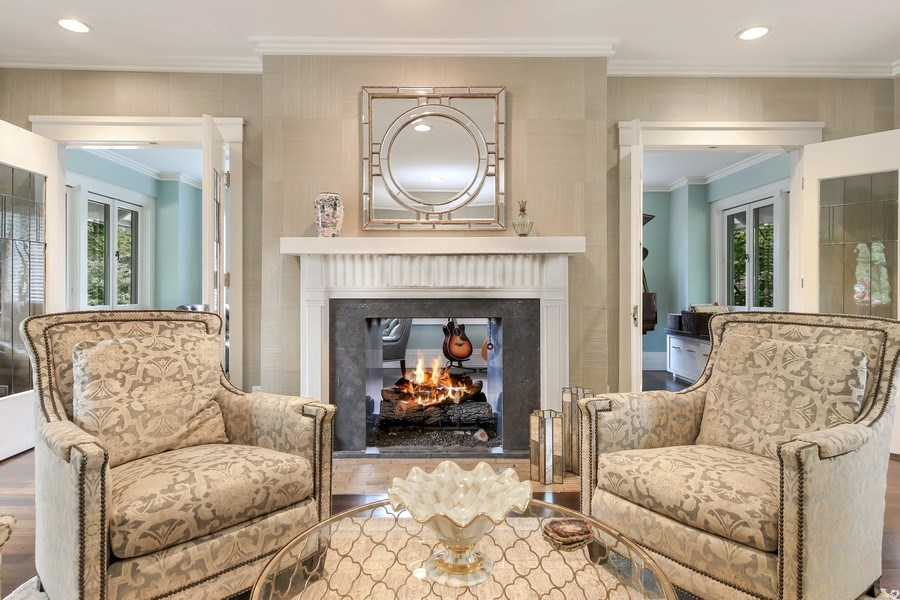 Real Estate Photography - 682 Crescent Blvd, Glen Ellyn, IL, 60137 - Living Room