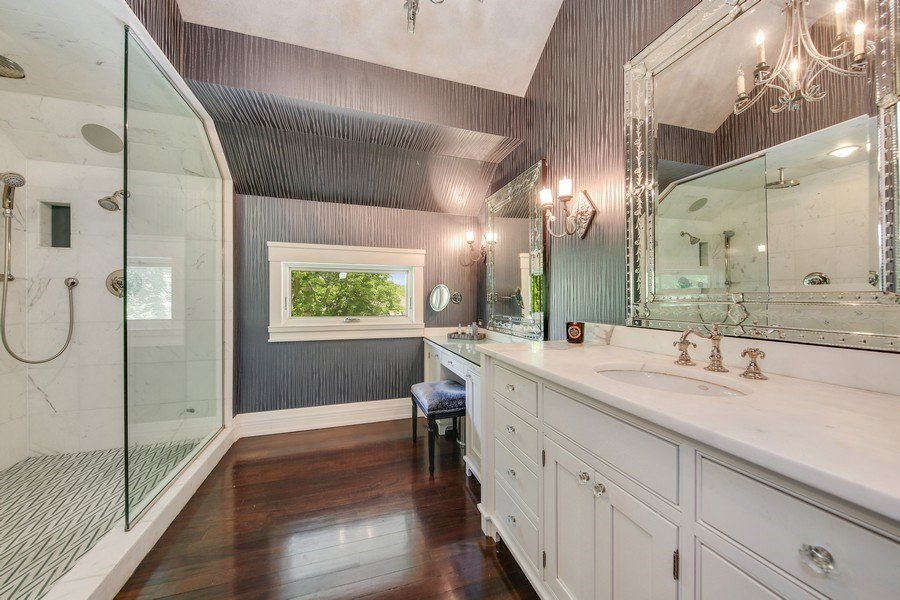 Real Estate Photography - 682 Crescent Blvd, Glen Ellyn, IL, 60137 - Master Bathroom