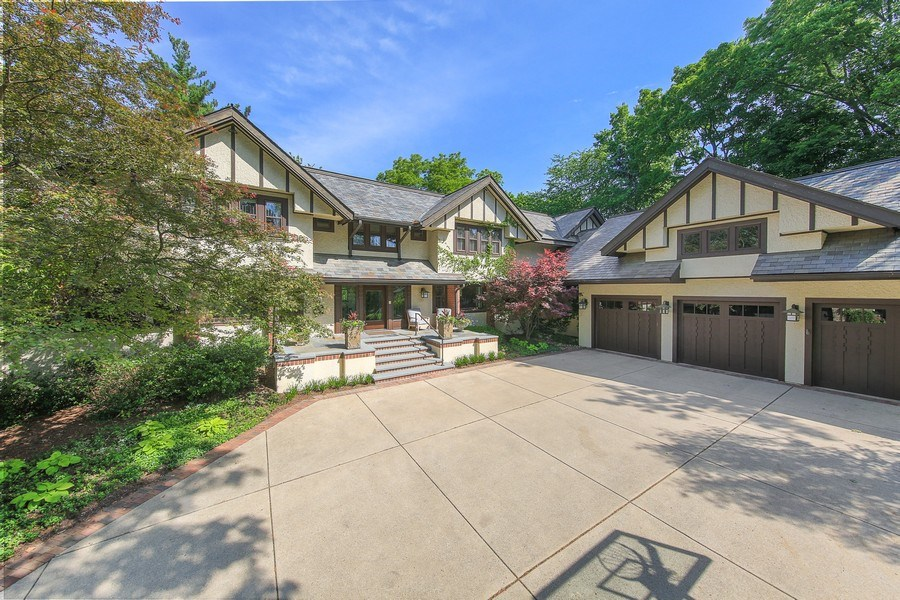 Real Estate Photography - 682 Crescent Blvd, Glen Ellyn, IL, 60137 - Front View