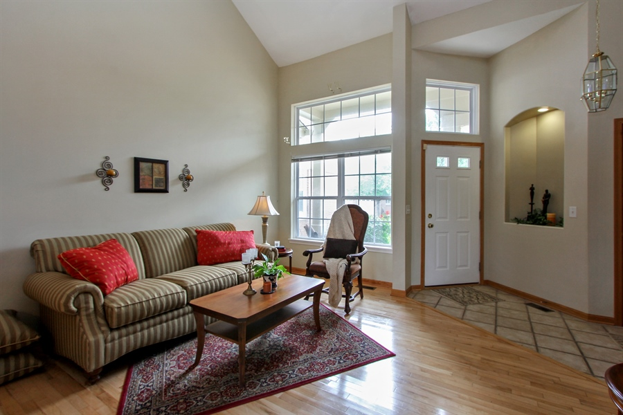 Real Estate Photography - 1034 Orchard Pond Ct, Lake Zurich, IL, 60047 - Living Room
