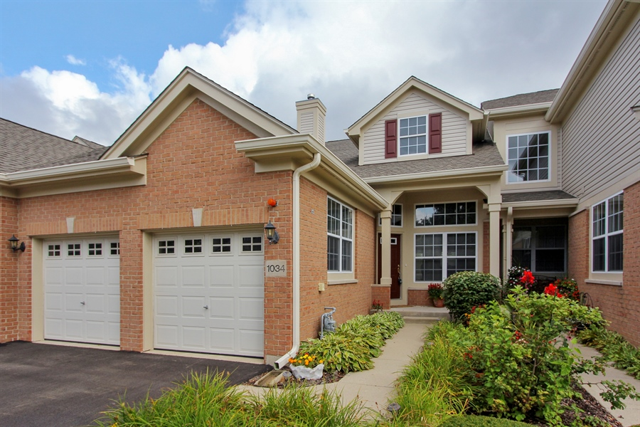 Real Estate Photography - 1034 Orchard Pond Ct, Lake Zurich, IL, 60047 - Front View