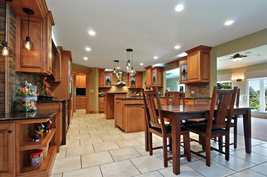 Real Estate Photography - 12461 BRIGHTON Lane, Plainfield, IL, 60585 - Kitchen / Breakfast Room