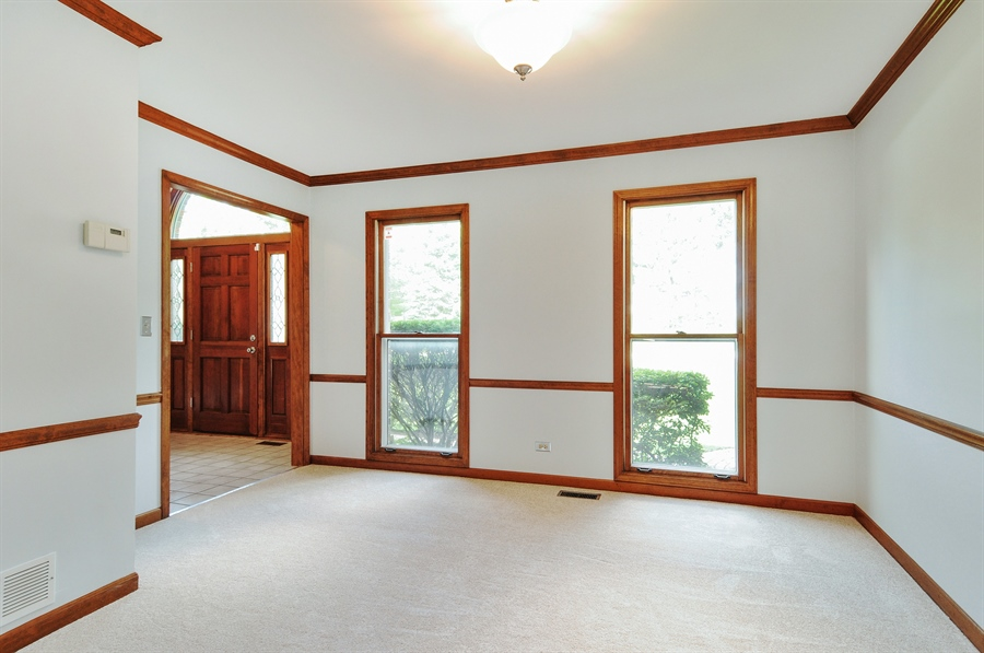 Real Estate Photography - 805 Bonnie Brae Court, Bolingbrook, IL, 60440 - Dining Room