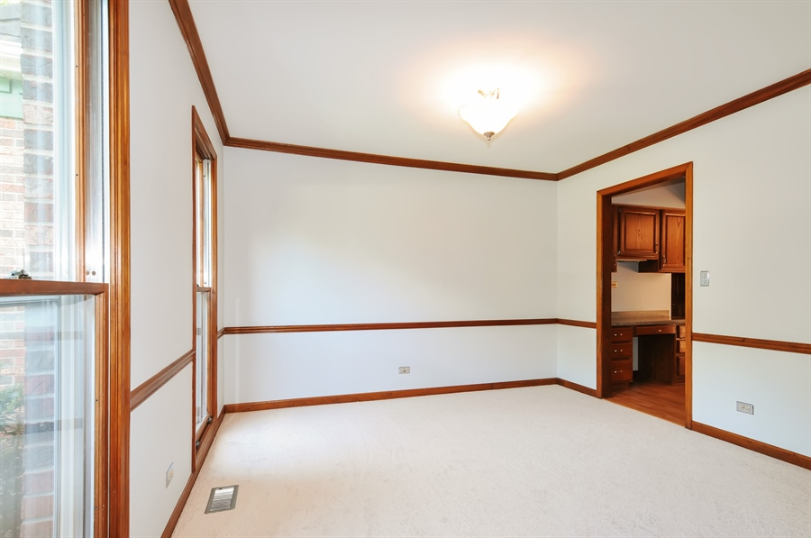 Real Estate Photography - 805 Bonnie Brae Court, Bolingbrook, IL, 60440 - Dining Area