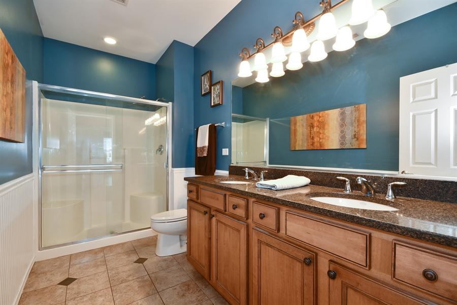 Real Estate Photography - 1820 CHASE Lane, Unit 1820, Aurora, IL, 60502 - Master Bathroom