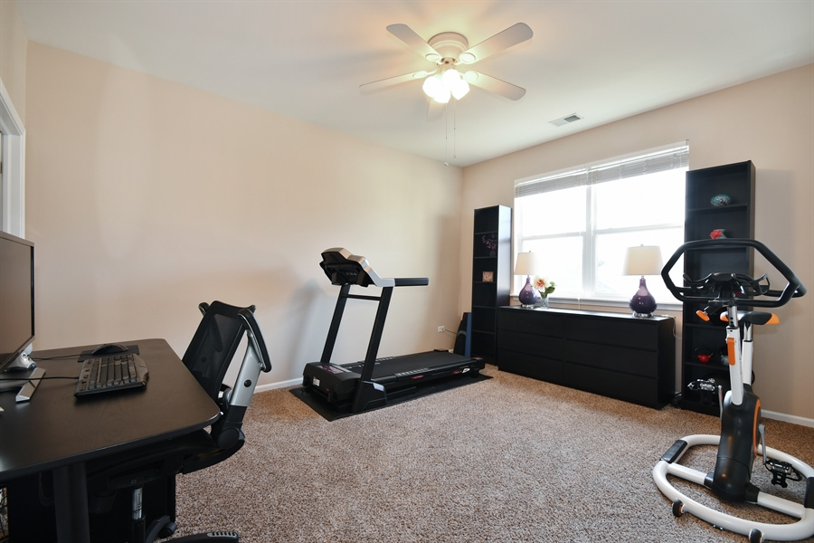 Real Estate Photography - 1820 CHASE Lane, Unit 1820, Aurora, IL, 60502 - 2nd Bedroom