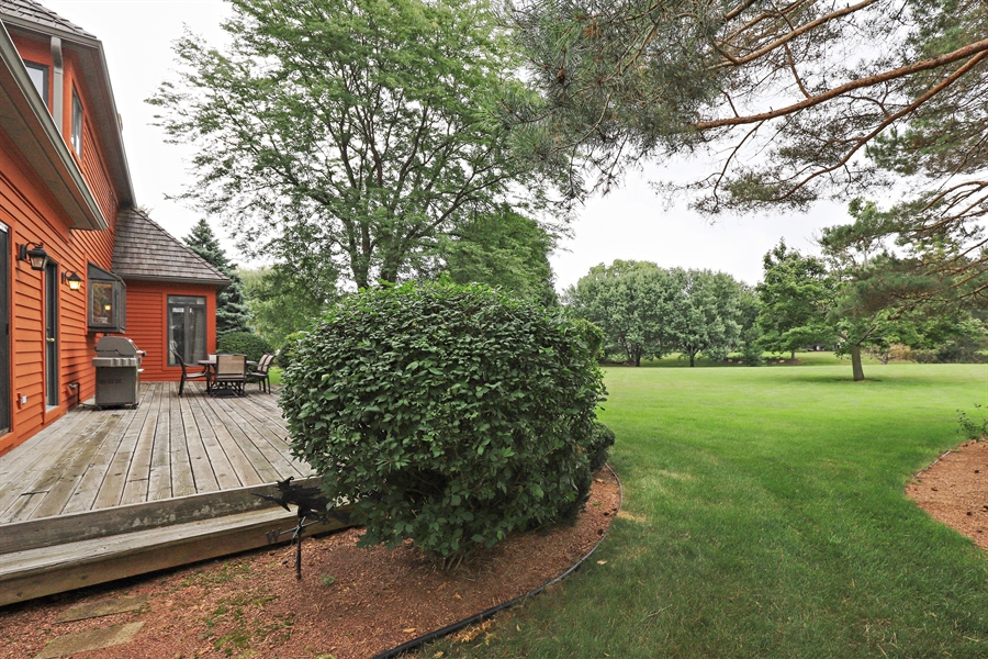 Real Estate Photography - 36473 N. Mill Creek Drive, Gurnee, IL, 60031 - Back Yard