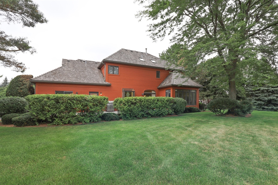 Real Estate Photography - 36473 N. Mill Creek Drive, Gurnee, IL, 60031 - Rear View