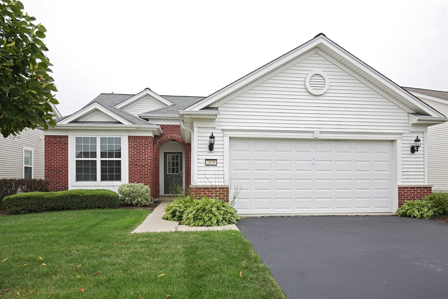 Real Estate Photography - 2839 Edgewater Drive, Elgin, IL, 60124 - FRONT VIEW--Great curb appeal!!