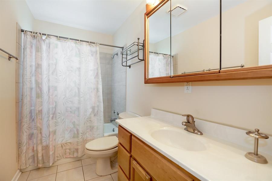 Real Estate Photography - 302 Rosewood Avenue, Buffalo Grove, IL, 60089 - Bathroom