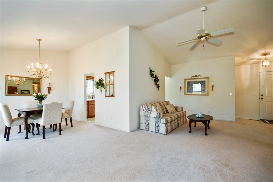 Real Estate Photography - 444 Banbury Avenue, Elburn, IL, 60119 - Great Room
