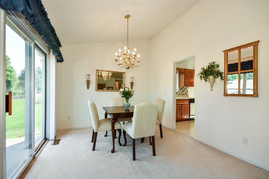 Real Estate Photography - 444 Banbury Avenue, Elburn, IL, 60119 - Dining Area