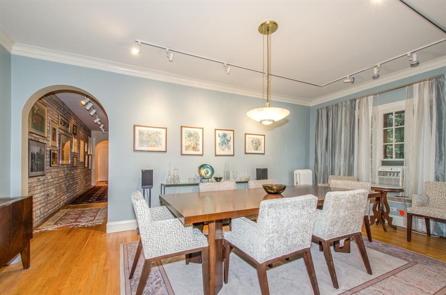 Real Estate Photography - 1436 W. PRATT Boulevard, Unit 1W, Chicago, IL, 60626 - Dining Room