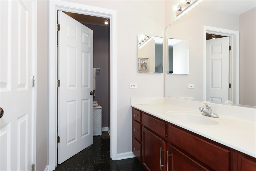 Real Estate Photography - 2972 WHITE THORN Circle, Naperville, IL, 60564 - Master Bathroom