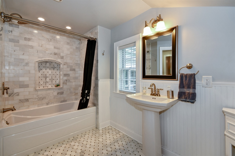 Real Estate Photography - 306 N. Van Buren Street, Batavia, IL, 60510 - Master Bathroom
