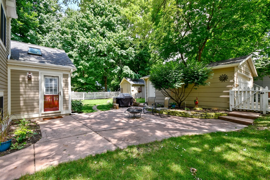 Real Estate Photography - 306 N. Van Buren Street, Batavia, IL, 60510 - Patio