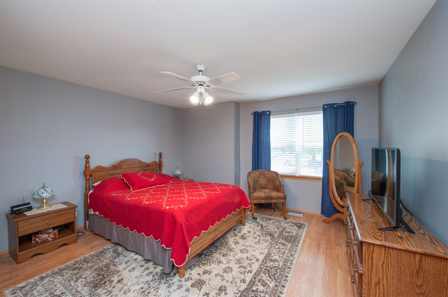 Real Estate Photography - 809 ROSE Lane, Harvard, IL, 60033 - Master Bedroom