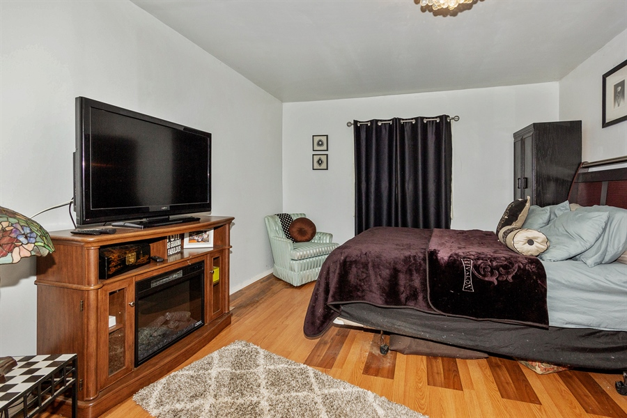 Real Estate Photography - 719 Rogers Road, Romeoville, IL, 60446 - Master Bedroom