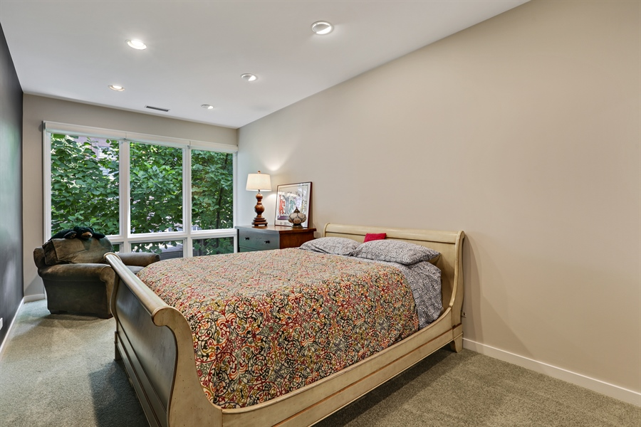 Real Estate Photography - 2757 N. Kenmore Avenue, Chicago, IL, 60614 - Bedroom