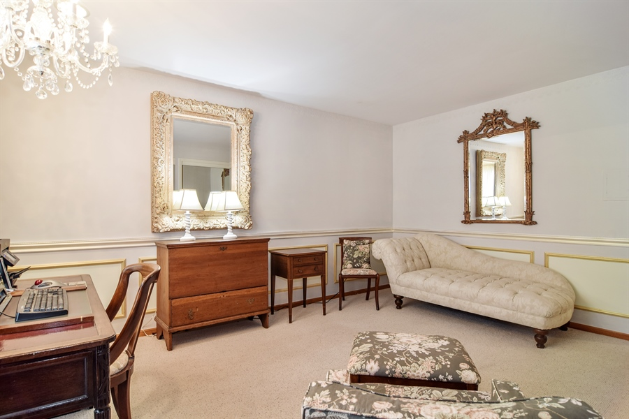 Real Estate Photography - 427 Lauder Ln, Inverness, IL, 60067 - Bedroom