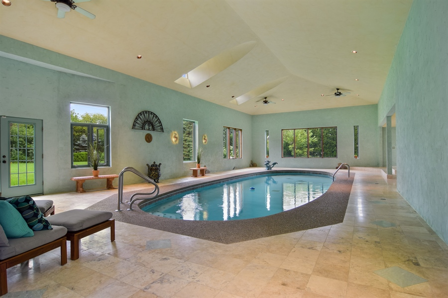 Real Estate Photography - 427 Lauder Ln, Inverness, IL, 60067 - Pool
