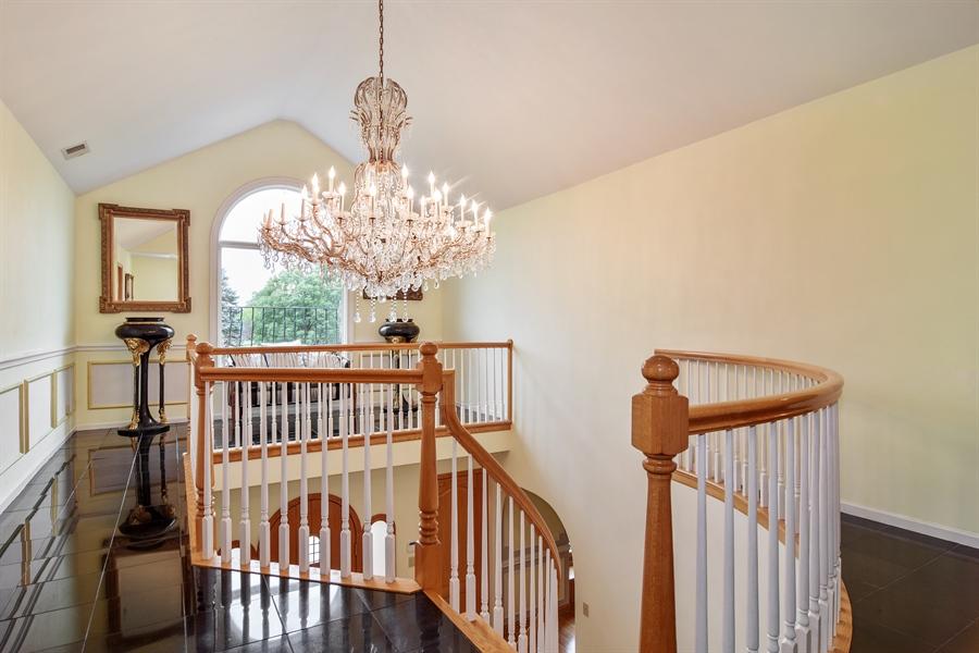 Real Estate Photography - 427 Lauder Ln, Inverness, IL, 60067 - Loft