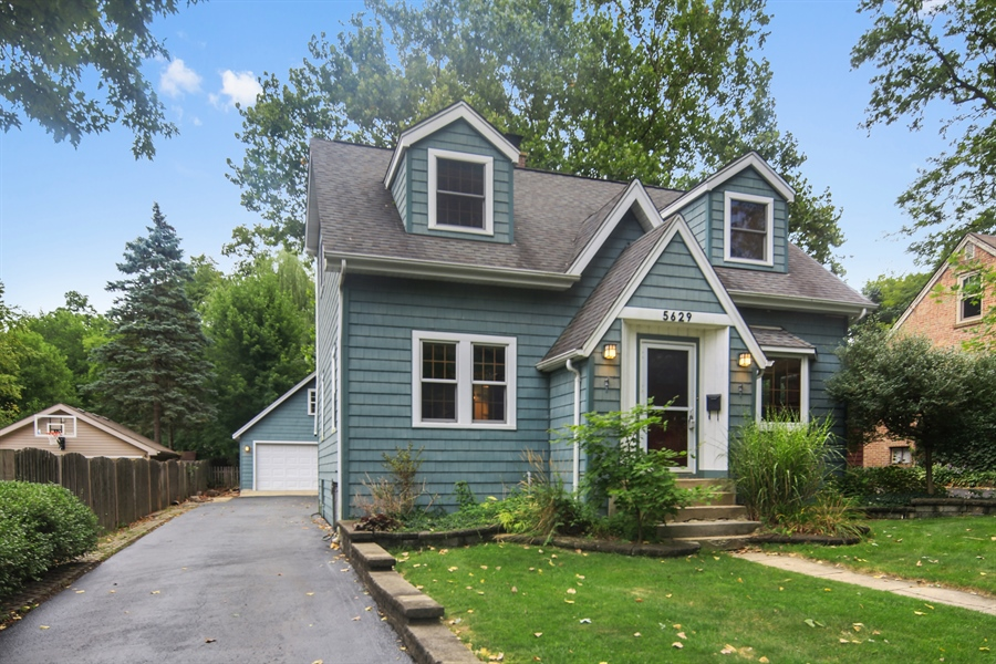 Real Estate Photography - 5629 Brookbank Road, Downers Grove, IL, 60516 - Front View