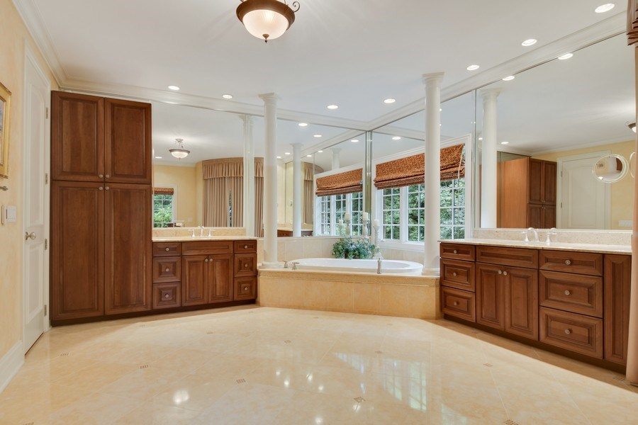 Real Estate Photography - 20961 W. Lakeview Parkway, Mundelein, IL, 60060 - Master Bathroom
