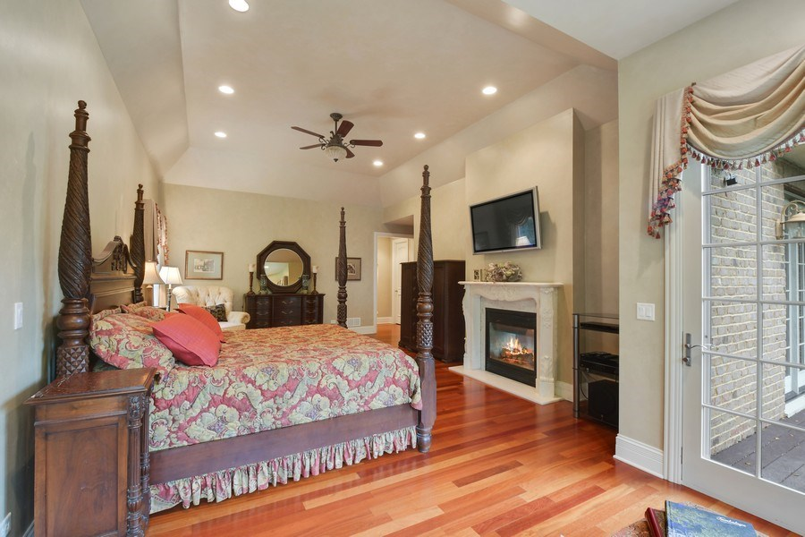 Real Estate Photography - 20977 W. Lakeview Parkway, Mundelein, IL, 60060 - Master Bedroom