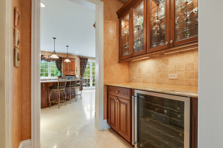 Real Estate Photography - 20977 W. Lakeview Parkway, Mundelein, IL, 60060 - Butler's pantry